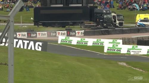 cap BSB.British.Superbikes.2019.R09.Oulton.Park.Saturday.Qualifying.720p.WEB.x264 BaNHaMMER (1) 004